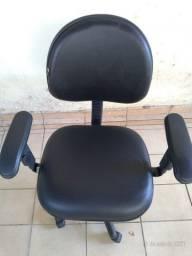 Título do anúncio: Conjunto com mesas e cadeiras para escritório