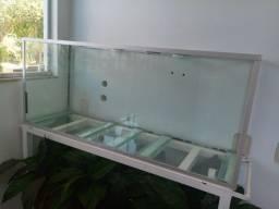 3 Aquarios de vidro incolor 8mm e 10mm com travas e suporte de Ferro