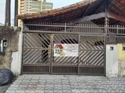 Título do anúncio: Casa com 2 dormitórios à venda, 80 m² por R$ 335.000 - Vila Assunção - Praia Grande/SP