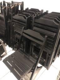 Título do anúncio: mesa dobrável com 4 cadeiras