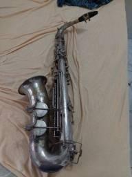 Título do anúncio: Saxofone alto weril Master