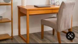 Título do anúncio: Linda escrivaninha de madeira