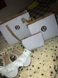 Kit de bolsa e sandália