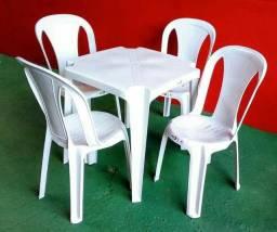 Jogo mesa 4 cadeiras suporta 182kg
