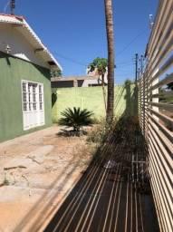 vendo casa com 4 quartos 2 banheiros no bairro São Gonçalo Vg