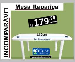 Mesa Retangular Plastica 1,37cm Pés removiveis