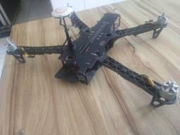 Título do anúncio: Troco Drone TBS Dji Naza por Controlador MIDI ou Teclado