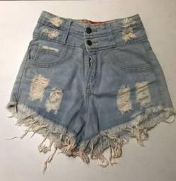 Short e saia jeans usados em ótimo estado