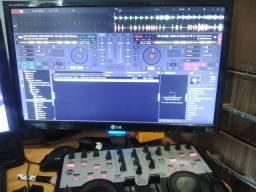 Vendo controladora de entrada pra DJs iniciante
