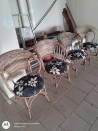Vendo jogo cadeira de bambu