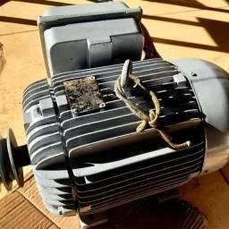 Motor WEG 10 CV Monofásico 220V/440V