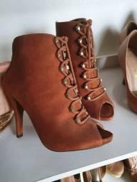 Título do anúncio: Ankle boot 33