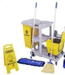 Título do anúncio: Estação de trabalho com limpeza, ideal para limpeza de escritórios e indústrias.