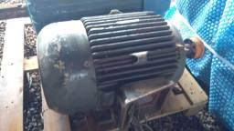 Motor Elétrico Eberle 25 Cv 2 Polos 3550 Rpm 380/660v