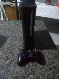 Vendo Xbox 360 Com HD de 120 gigas