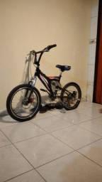 Título do anúncio: Vendo ou troco bike por bike montadinha(barra circular com banco de moto)ML XL manda fotos