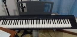 portable piano yamaha np-30