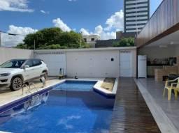 Título do anúncio: Linda Casa em Candeias, Toda Reformada, Acabamento Luxuoso, 4 Quartos, 250m², Piscina