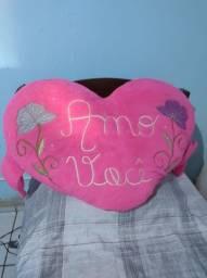 Título do anúncio: Coração de pelúcia rosa
