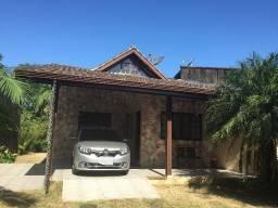 Casa semi nova em Guarau - entrada da Jureia