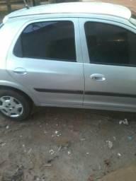Vendo um carro - 2004