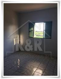 AP0114-Vende-se apartamento Condomínio Parque Jamary