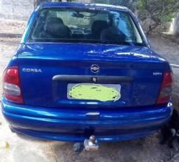 Carro arrumado - 2001