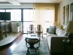 Cobertura duplex no itaim bibi- 246m,3 dormitórios,3 vagas