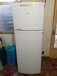 Geladeira frost free consul 345 litros gelando perfeitamente