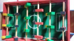 Mesa infantil Totó Em madeira