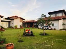 Vendo linda casa de alto padrão em Chapada dos Guimarães com 5 dormitórios