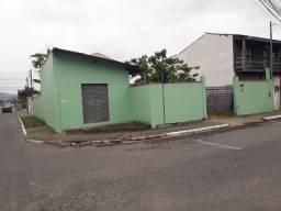 Casa de esquina no bairro Cidade Nova