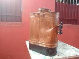 Bomba costal de cobre antiga