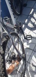 Bicicleta Silver Track WNY / R$ 700