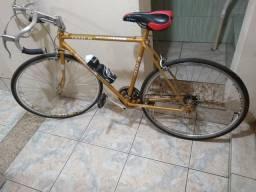 Título do anúncio: Bicicleta Caloi 10, 21 marchas.