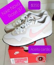Título do anúncio: Tenis feminino Nike 37
