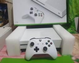 Xbox One S 1tb Nota fiscal - Aceito cartão