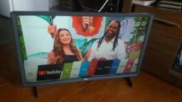 Título do anúncio:  TV Smart 32 LG entrada USB e HDMI nova
