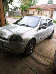 Título do anúncio: clio sedan Rt 2002 1.6 16 v.