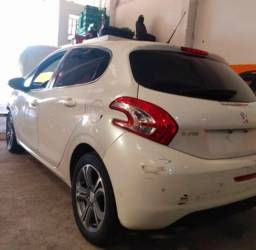 Título do anúncio: Sucata Peugeot 208 griffe 1.6 16v