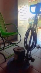 Título do anúncio: Vende-se encerradeira é lavadeira de piso