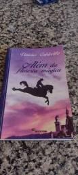 Título do anúncio: Apostilhas(4 volumes) e livros paradidáticos - 9 ano- colégio Santa Monica -SG-RJ
