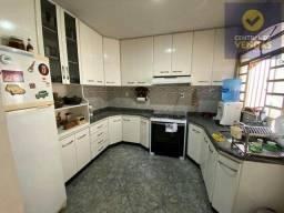 Título do anúncio: Casa com 3 dorms, Trevo, Belo Horizonte - R$ 650 mil, Cod: 602