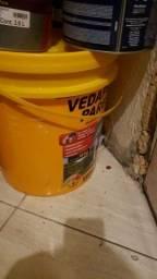 Título do anúncio: Vedaprem 18 litros balde lacrado