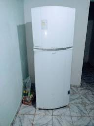Título do anúncio: Vendo geladeira consul fros fri