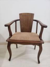 Título do anúncio: Cadeira Madeira