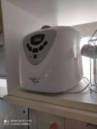 Máquina de pão, pouco ultilizada
