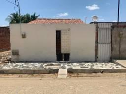 Título do anúncio: Alugo casa no bairro renascer - Quixadá