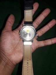 Título do anúncio: Vendo relógio currem