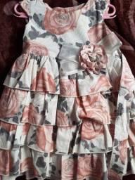 Título do anúncio: Vestidos infantil